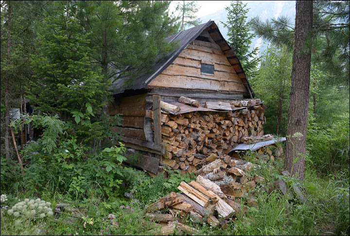 Woob built Siberian home