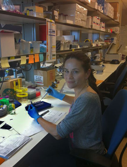 Kathrin Stucki in Genetics Laboratory