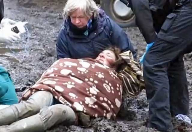 Paula Campbell collapsed.