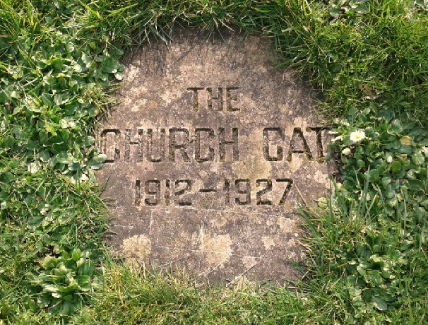 The Church Cat gravestone