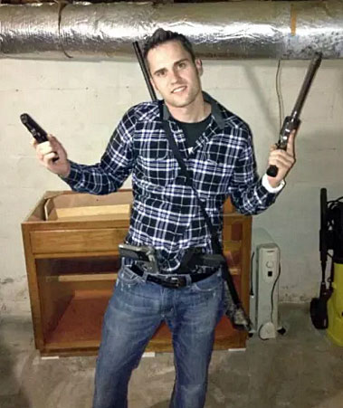 Ryan Edwards with guns
