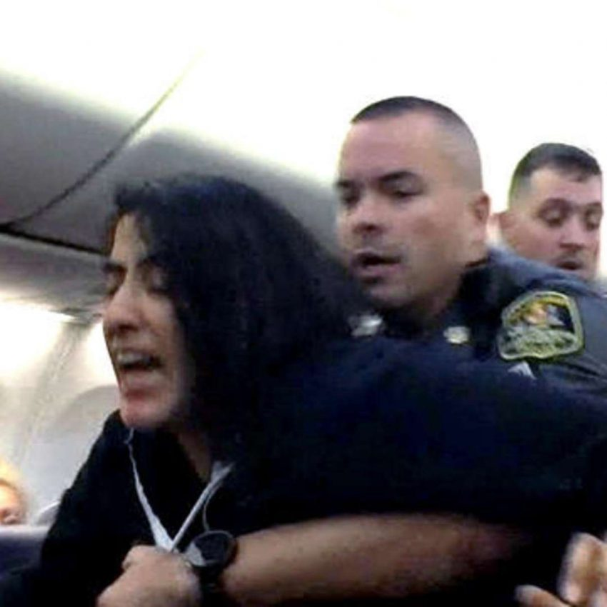 Woman evicted from flight because allergic to pets