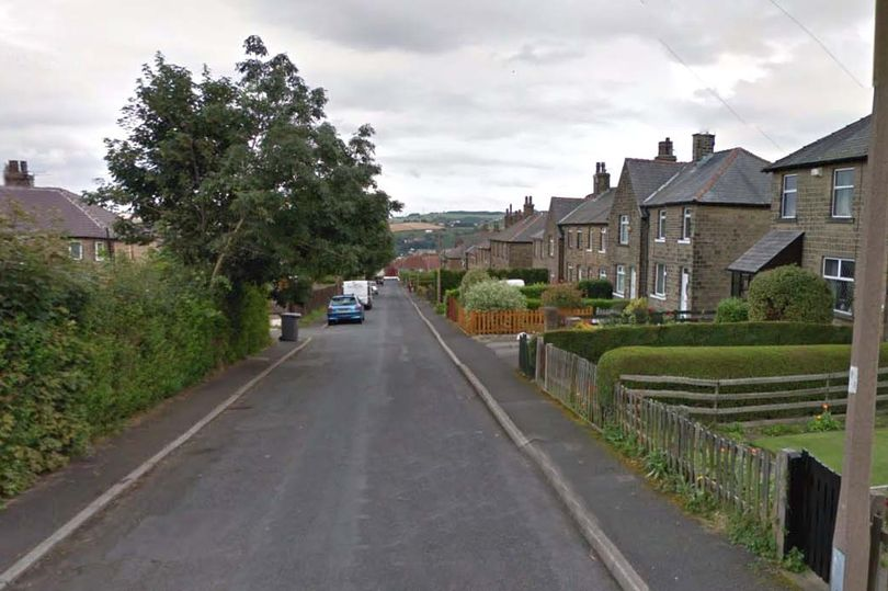 Huddersfield road where chicken is being placed to lure cats to their death
