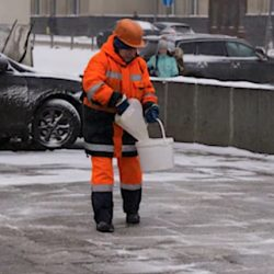 Moscow de-icing