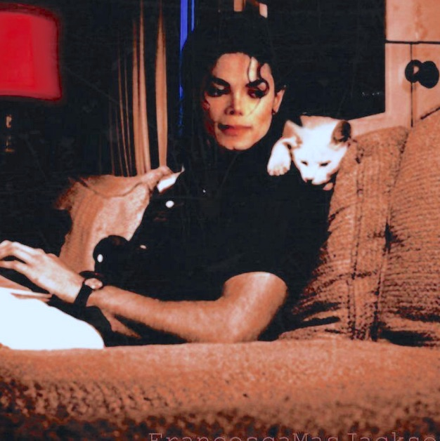 Michael Jackson with cat