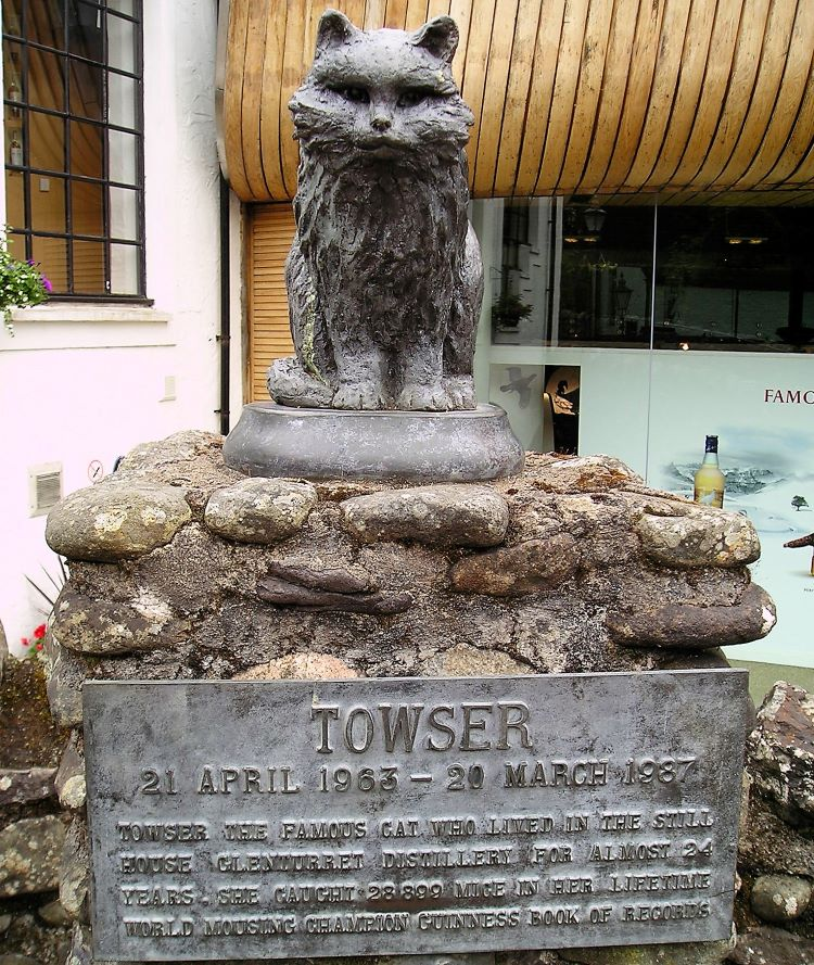 Towser statue